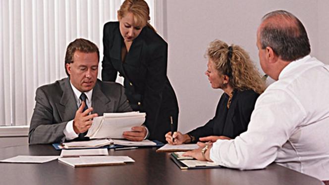 职场中领导或者上司如何做才能有效分担员工压力?