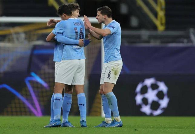 欧洲豪门俱乐部与欧足联之间的闹剧引发足球迷关注