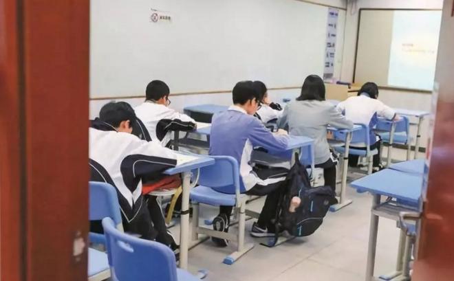 近些年校外培训机构乱象仍然存在,影响教育生态发展