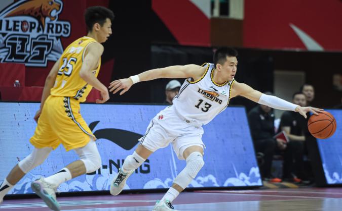 篮球迷预测辽宁对战浙江,大概率辽宁首轮会获胜