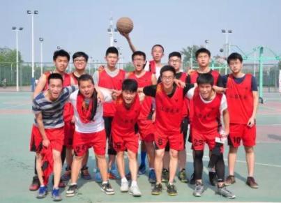 长沙环境保护职业技术学院篮球队首次代表湖南参加国赛
