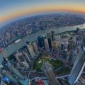 上海凭借着地理条件开埠以后朝国际都市迅速发展