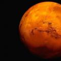 火星的地理条件是未知的,前往火星探险是充满危险和未知