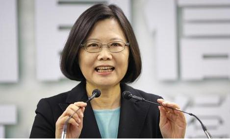 只不过日本首相发了一条动态,至于整个台湾绿营集体狂欢?
