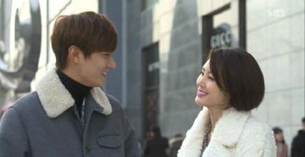 韩国娱乐媒体爆料称韩国男明星李敏镐与金成玲被派到谈恋爱