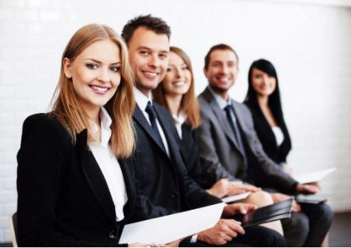 在职场中如何才能够更好地获得上级领导的充分信任?