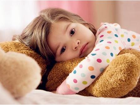 家长最近关注的要闻就是给孩子挑选衣服如何避免不良商贩