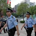 再平凡岗位上的民警也会在群众需要自己时第一时间冲上去