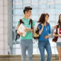 根据最新时政消息显示美国开放中国赴美留学生入境美国限制