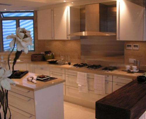 面对不同户型的厨房时设计家居装修简约橱柜要考虑厨房户型