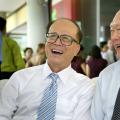 今日视界主要关注的是香港李嘉诚的房地产事业起步发展历史