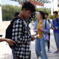 很多大学周边的商店、饭馆等都承载了大学生们的青春回忆
